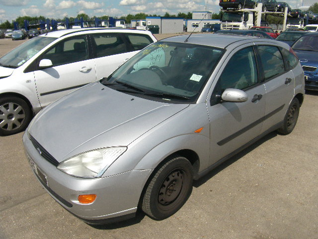 2000 FORD FOCUS LX Parts