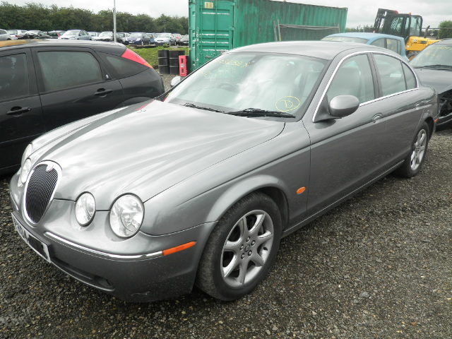 2004 JAGUAR S TYPE SE Parts