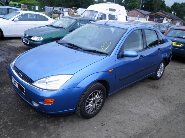 2001 FORD FOCUS GHIA Parts