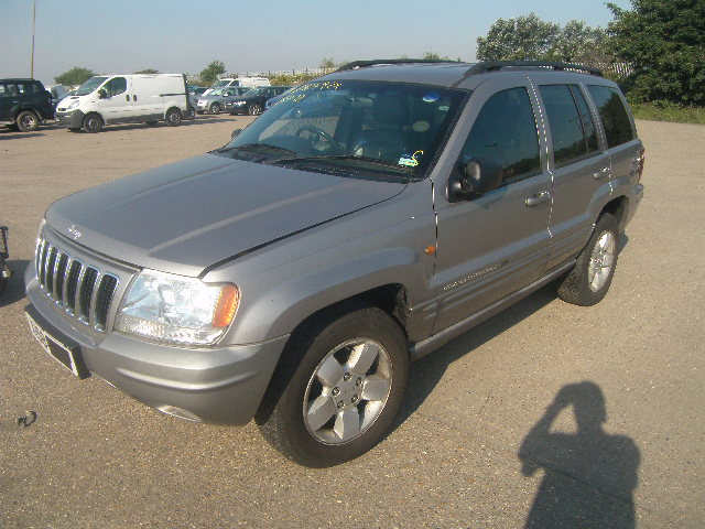2000 CHRYSLER CHEROKEE  Parts