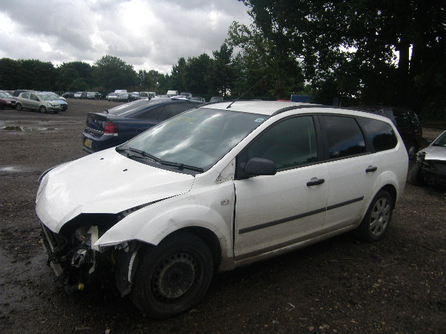 2006 FORD FOCUS LX T Parts