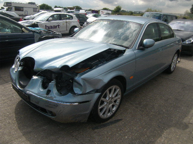 2005 JAGUAR S TYPE SE Parts