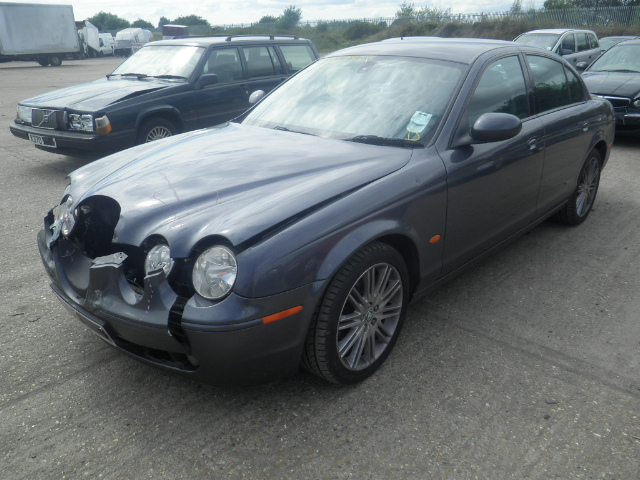 2005 JAGUAR S TYPE SPORT Parts